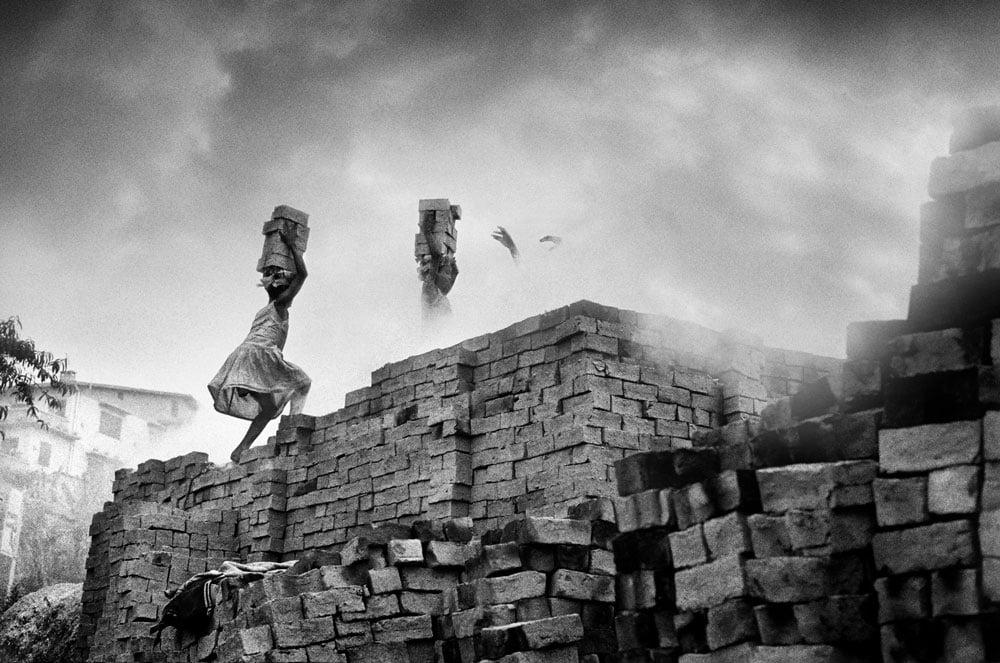 Série-Brique-Briques-en-escalier-Pierrot-Men-Galerie-21