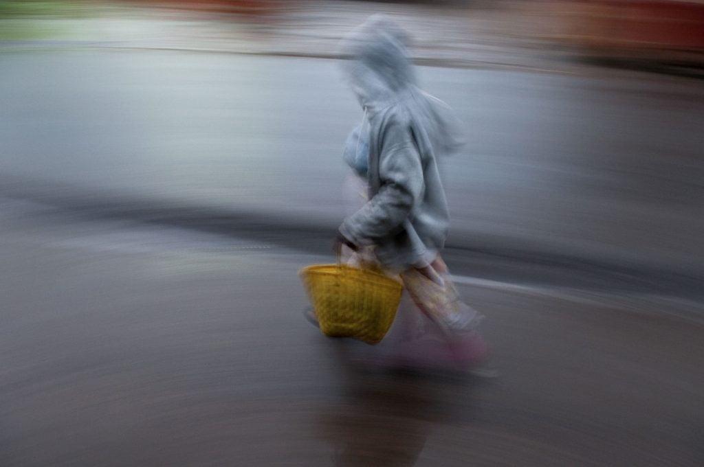 Série-Pluie--Rentrer-sous-la-pluie-Pierrot-Men-Galerie-21